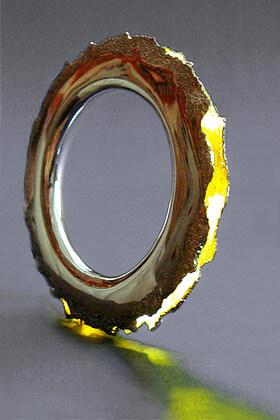 Bransoleta ze Światłem. Praca wystawowa z 2000 roku.