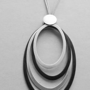 """Wisior długi """"Elipsy"""" – srebro matowane, patynowane i pozłacane"""