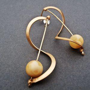 Kolczyki wstążki z bursztynami pozłacane z jasnymi
