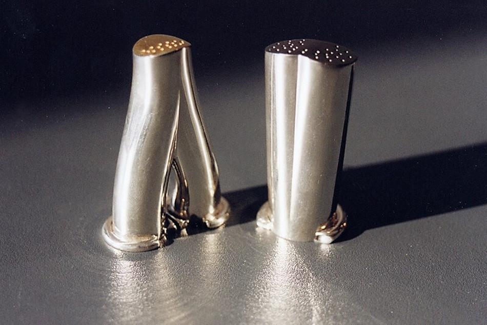 Solniczki - srebro polerowane, elementy złocone i rutenowane